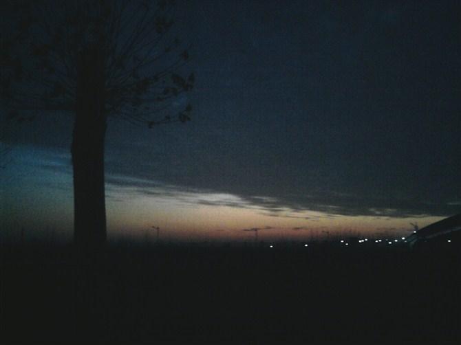 夜深人静的时候句子:夜深人静的心情句子