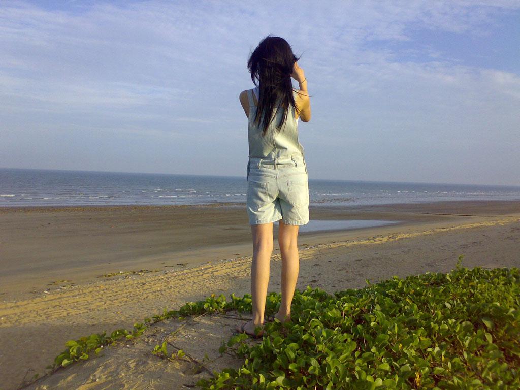 孤独落寞的背影图片:落寞的背影唯美图片