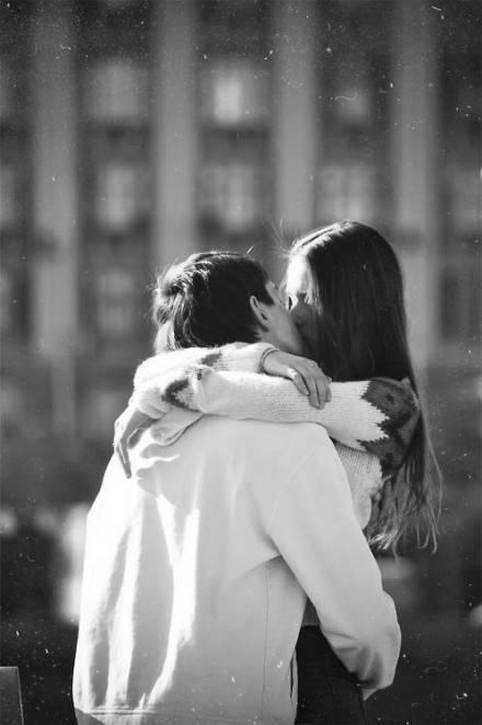 最好的幸福,是你给的在乎; 最美的时光,是有你的陪伴。