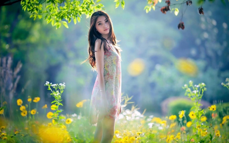 不要怪自己太重感情,你只是太没出息,所以才连个不爱你的人都放不下。