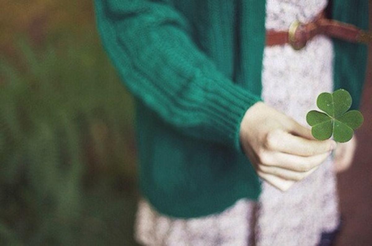 用沉默代替一切的句子 用沉默代替一切的说说 表达不解释沉默的句子