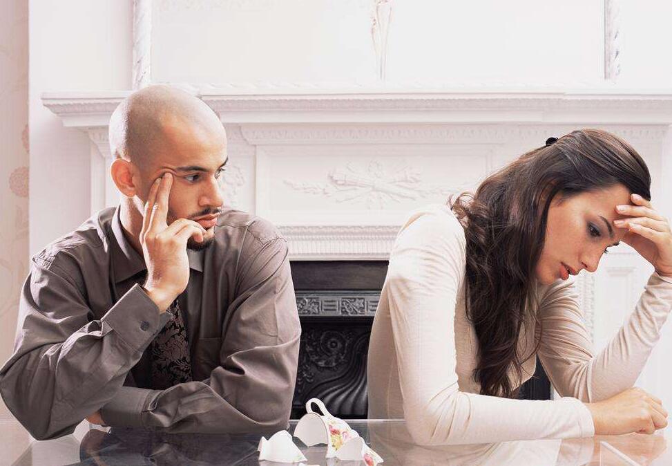 两人吵架后的心情说说,夫妻吵架说说心情短语