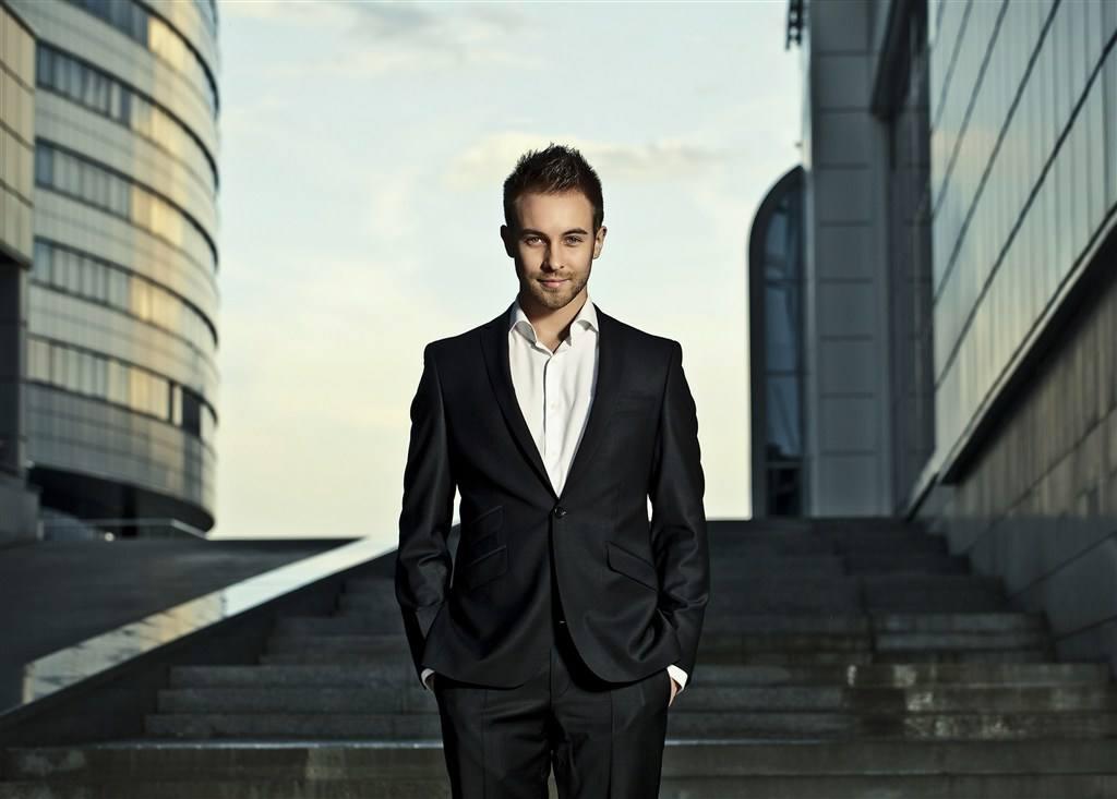 有品位的成功男士头像 成熟帅气男人图片头像