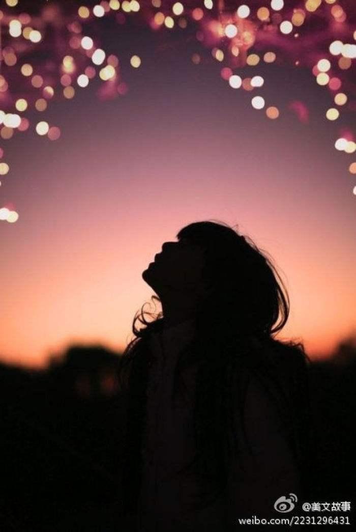 夜晚思念一个人的图片
